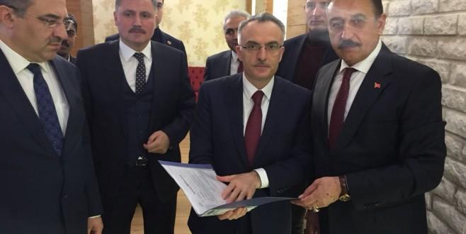 Esnafın Sorun ve Talepleri Maliye Bakanı Ağbal'a İletildi