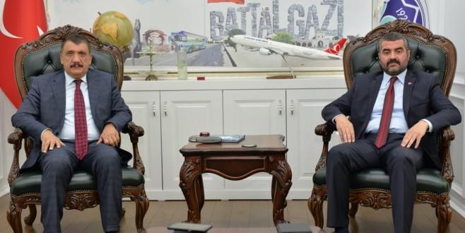 MHP İl Başkanı Avşar, Başkan Gürkan'a İadeyi Ziyarette Bulundu